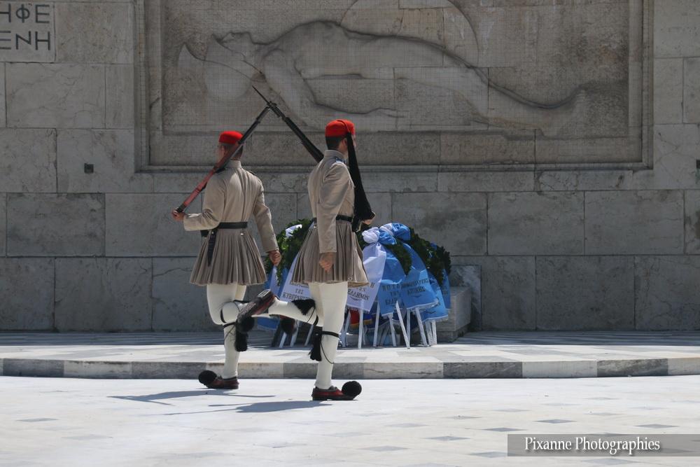 Europe, Grèce, Attique, Athènes, Place Syntagma, Parlement, Relève de la Garde, Evzone, Souvenirs de Voyages, Pixanne Photographies