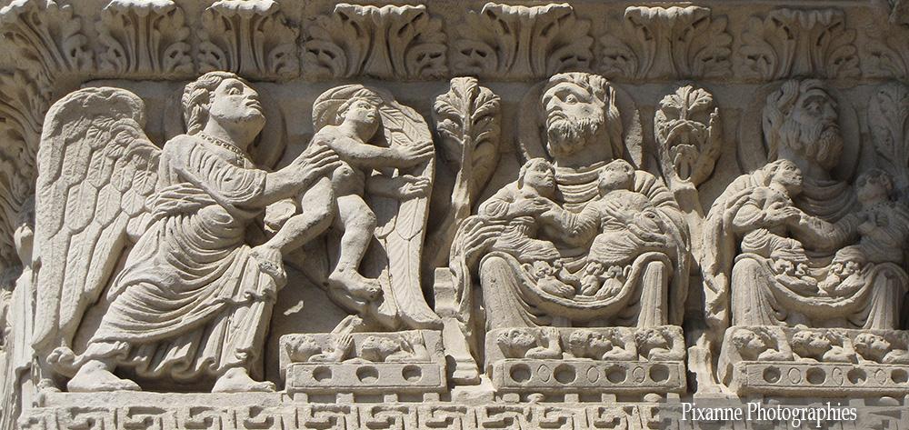 Europe, France, PACA, Provence Alpes Côte d'Azur, Bouches du Rhône, Arles, Cathédrale Saint Trophime, Souvenirs de Voyages, Pixanne Photographies