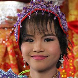 Myanmar J13 . Bagan