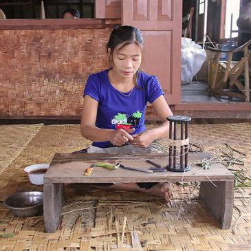 Myanmar J16 . Lac Inle
