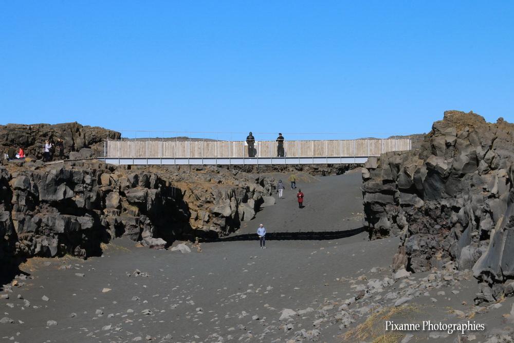 Europe, Islande, Miðlína bridge, Pont entre deux continents, Souvenirs de Voyages, Pixanne Photographies