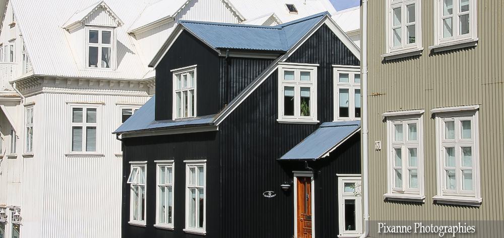 Laugavegur Reykjavik 01
